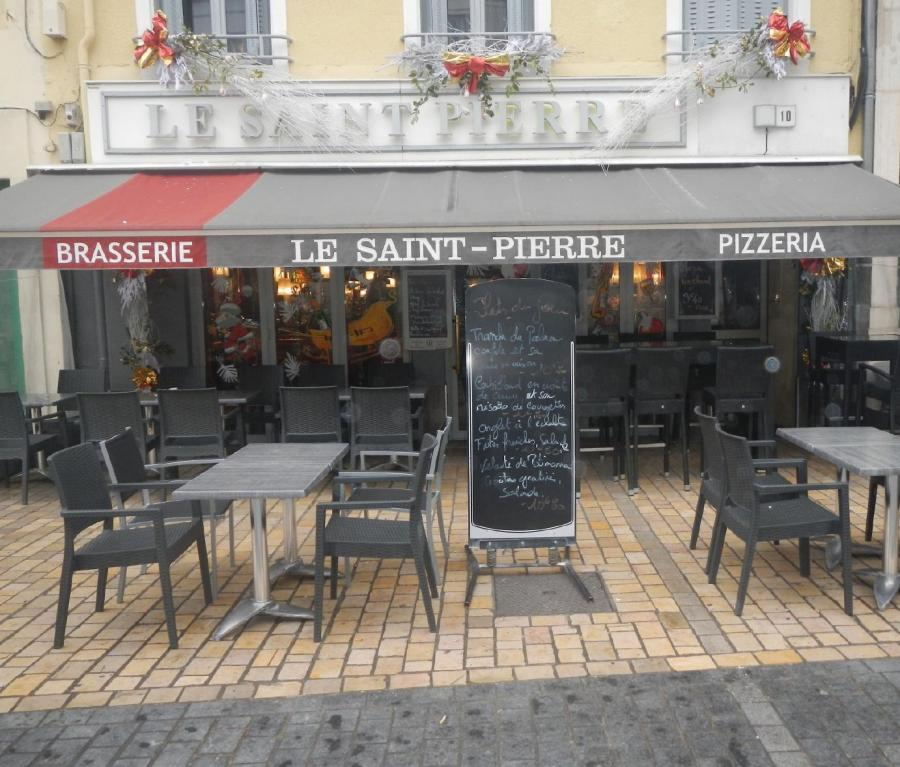 Top Chef Top Chef Le chef du restaurant Bar-Brasserie « Le Saint-Pierre »  vous propose un repas de qualité pour la Fête des mères à 18 euros !