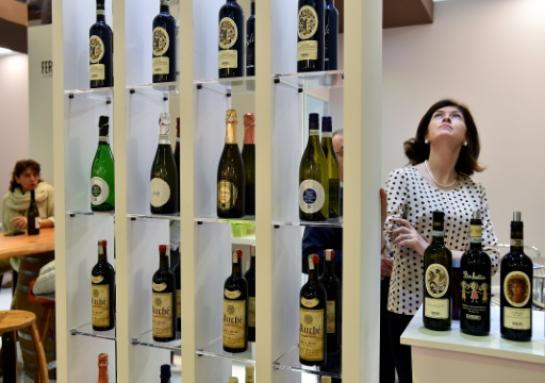 Vins Vins Salute! L'Italie porte un toast au succès de ses vins